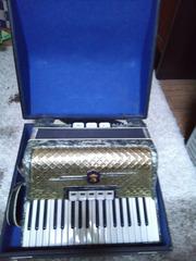 Weltmeister аккордеон